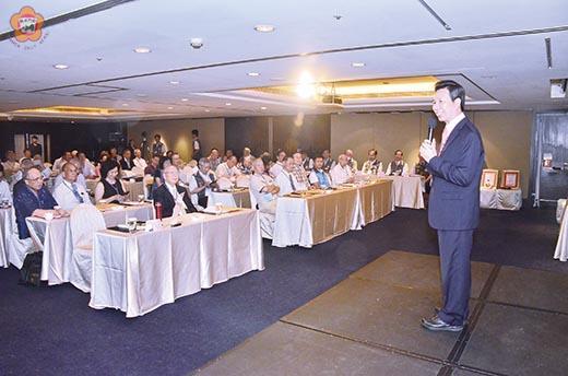 106年縣政顧問請益座談會北區場次昨日在台北舉行。(陳冠霖攝)
